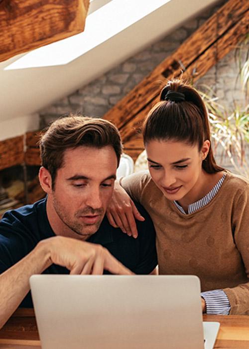 colocation en couple : Colocation en couple : quelles sont les règles pour un couple, les avantages et contraintes?